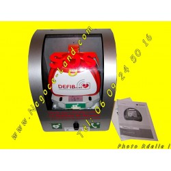 defibrillateur-portatif-defibcall-lifeguide-mural-appel-secours-semi-automatique-negoce-land
