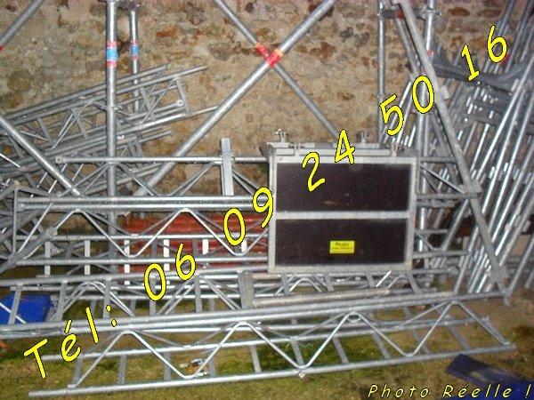 Image Location monte matériaux Charge tuiles 150kg [Petites annonces Negoce-Land.com]