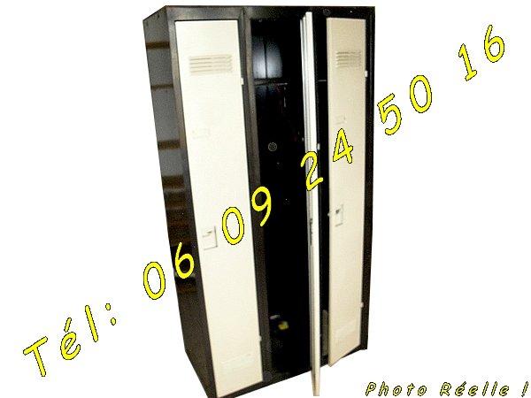 2 Armoires Metalliques Vestiaires 3 Portes Industrielles Colomiers
