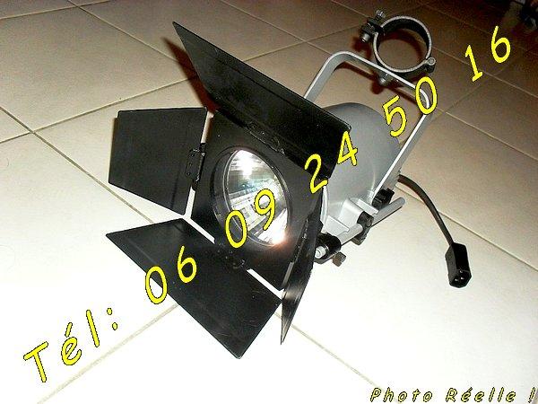 photo de Lot de Spots luminaire Projecteur Professionnel Erco 70525  (Annonce Negoce-Land)