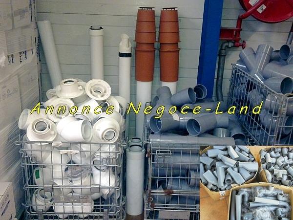 Image + 600 Raccords PVC Neufs  pour VMC, chaudières, sanitaires.. [Petites annonces Negoce-Land.com]