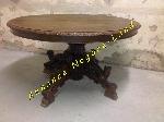 Table ancienne ovale en chêne avec pieds sculptés main offre Antiquités [Petites annonces Negoce-Land.com]