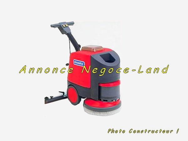 Image Auto-laveuse accompagnée Cleanfix RA430B [Petites annonces Negoce-Land.com]