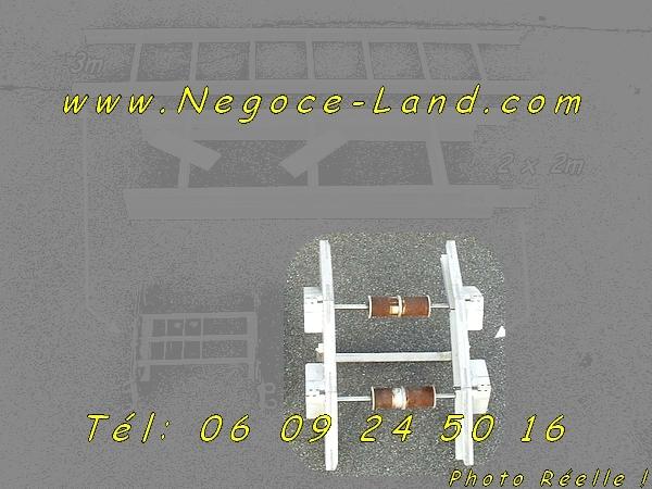 Image Genouillères Alu de Monte charge lève matériaux [Petites annonces Negoce-Land.com]