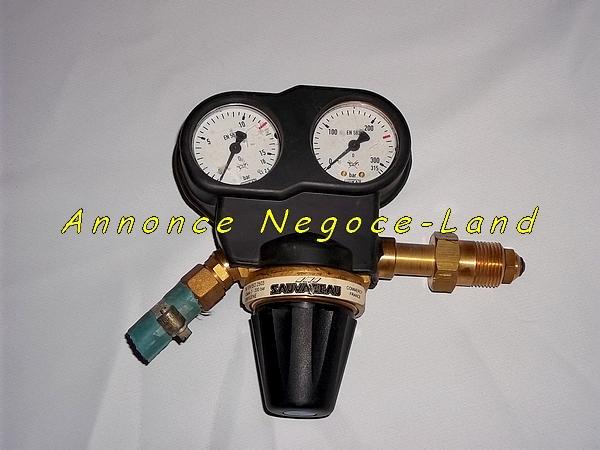Image Manomètre Sauvageau Oxygène - Classe 3 - 200 Bars - NF [Petites annonces Negoce-Land.com]