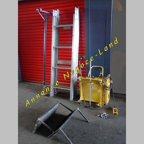 Monte tuiles Monte charges & matériaux Révisé (Lève 225Kg) [Petites annonces Negoce-Land.com]